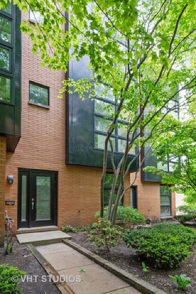 Condo/Townhouse New: 2020 West Willow Street #B