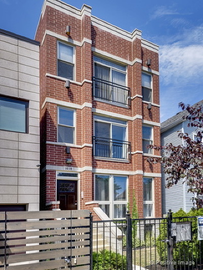 Chicago Condo/Townhouse New: 1618 North Campbell Avenue #2