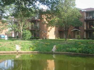 Oak Forest, Orland Hills, Orland Park, Palos Heights, Palos Hills, Palos Park, Tinley Park Rental New: 15744 Lake Drive #2BR
