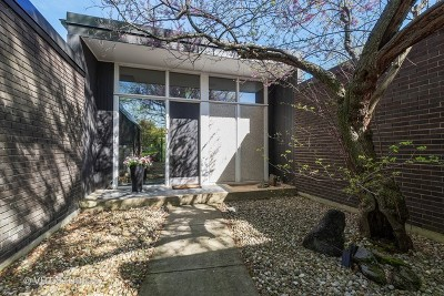 Highland Park Single Family Home For Sale: 284 Hastings Avenue
