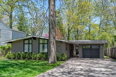 Lake Forest Single Family Home Contingent: 670 Green Briar Lane