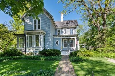Batavia Single Family Home For Sale: 135 South Lincoln Street