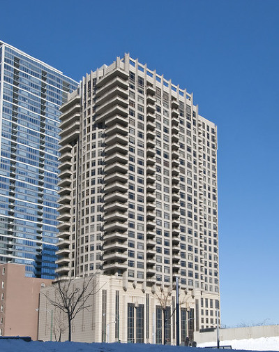 Streeterville, Gold Coast Galleria Condo/Townhouse For Sale: 530 North Lake Shore Drive #907