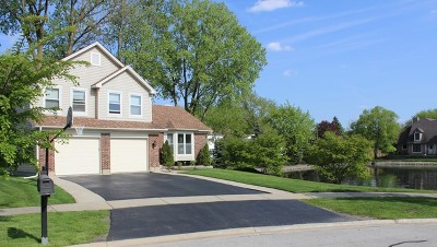 Lombard Single Family Home For Sale: 1681 Ainsley Lane