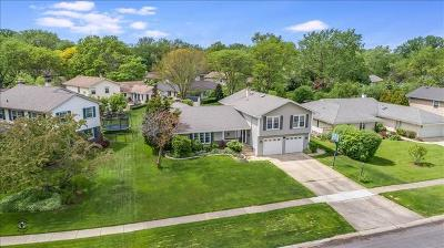 Glen Ellyn Single Family Home For Sale: 2s058 Taylor Road
