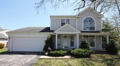 Streamwood Single Family Home For Sale: 7 Monroe Court