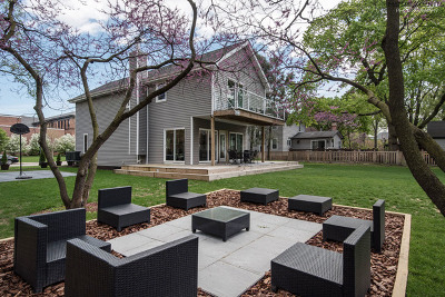 Riverside Single Family Home For Sale: 74 Woodside Road