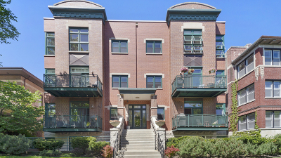 Condo/Townhouse For Sale: 4646 North Beacon Street #203