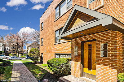 Ravenswood Condo/Townhouse For Sale: 4637 North Hermitage Avenue #3B