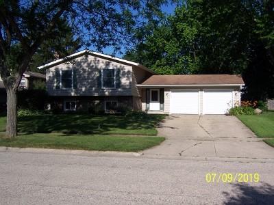 Crystal Lake Single Family Home For Sale: 896 Teverton Lane