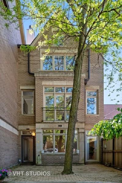 Condo/Townhouse For Sale: 2734 North Janssen Avenue #A