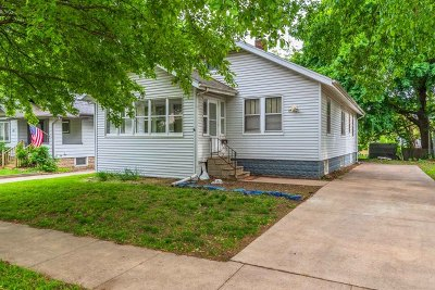 Normal Single Family Home For Sale: 413 West Hovey Avenue