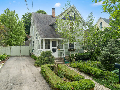 Geneva Single Family Home For Sale: 616 James Street