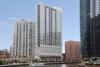 Condo/Townhouse For Sale: 333 North Canal Street #1804