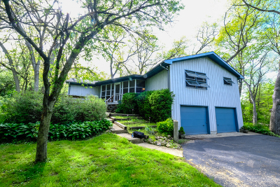 Crystal Lake Single Family Home For Sale: 6703 New Hampshire Trail