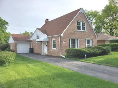 Lincolnwood Single Family Home For Sale: 4551 West Pratt Avenue