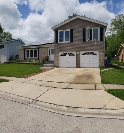 Glendale Heights Single Family Home For Sale: 1942 Glenrock Lane