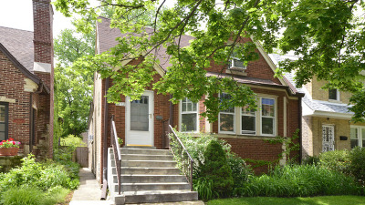 Chicago Single Family Home For Sale: 6712 North Fairfield Avenue North