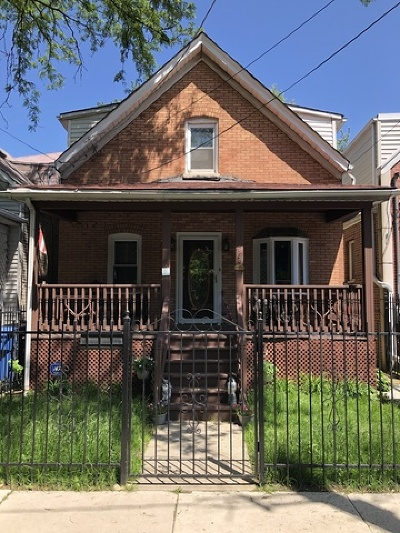 Single Family Home For Sale: 3039 North Honore Street