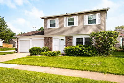 Hoffman Estates Single Family Home For Sale: 1620 East Bayside Court