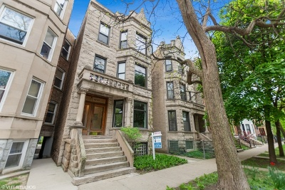Condo/Townhouse For Sale: 1537 North Claremont Avenue #1