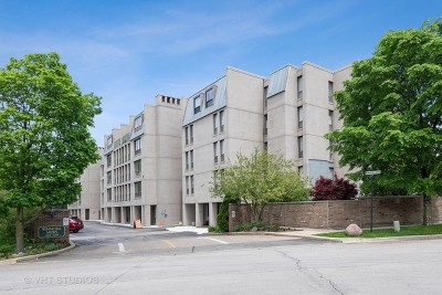 Winnetka Condo/Townhouse For Sale: 660 Winnetka Mews #414