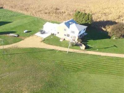 Ogle County Single Family Home For Sale: 11015 West Haldane Road