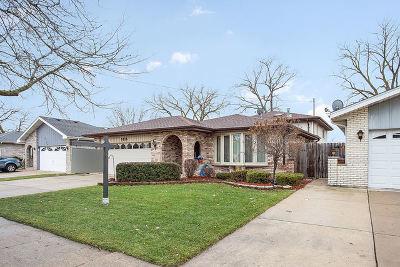Oak Lawn Single Family Home For Sale: 9126 Ridgeland Avenue