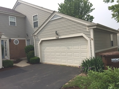 Marengo Condo/Townhouse For Sale: 748 Village Circle