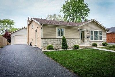 Oak Lawn Single Family Home For Sale: 10636 South Kostner Avenue