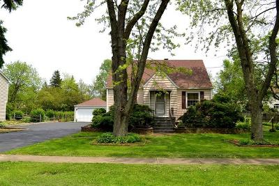 Wheaton Single Family Home For Sale: 1607 North Summit Street
