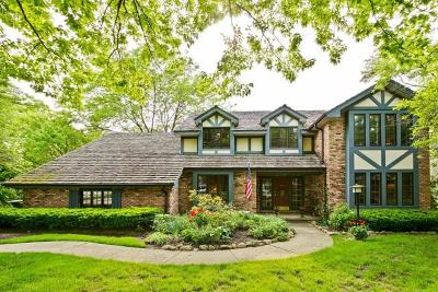 Libertyville Single Family Home For Sale: 1009 Springhaven Drive