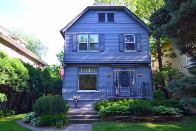 Chicago Single Family Home For Sale: 2141 West Greenleaf Avenue