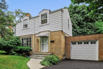 Libertyville Single Family Home For Sale: 604 Ardmore Terrace