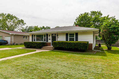 Joliet Single Family Home Contingent: 129 South Reedwood Drive