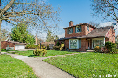 Lombard Single Family Home For Sale: 104 Eastview Terrace