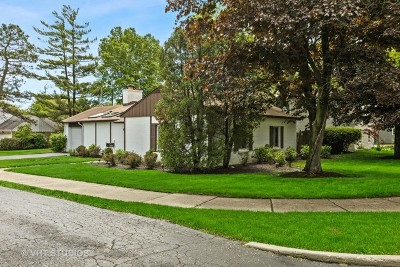 Northfield Single Family Home For Sale: 353 Graemere Street
