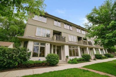 Evanston Condo/Townhouse For Sale: 1467 Ashland Avenue