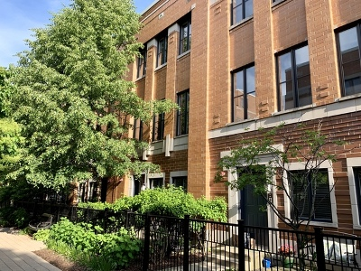 Condo/Townhouse For Sale: 1137 West Monroe Street #11