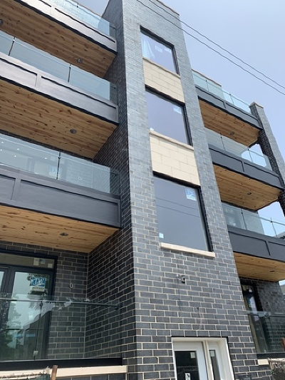 Condo/Townhouse For Sale: 2514 West Diversey Avenue #3W