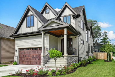 Clarendon Hills Single Family Home For Sale: 144 Oxford Avenue