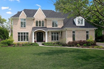 Single Family Home For Sale: 1105 Golfview Lane