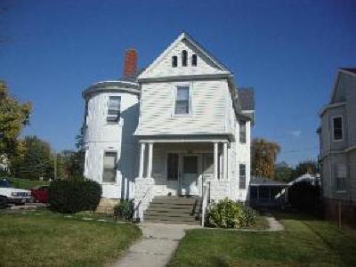 Joliet, Shorewood Rental For Rent: 423 Buell Avenue #1