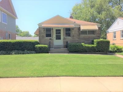 Morton Grove Single Family Home For Sale: 9028 Marmora Avenue