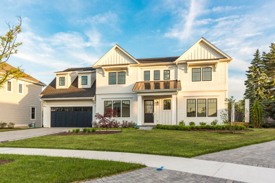 Clarendon Hills Single Family Home For Sale: 425 Williams Court
