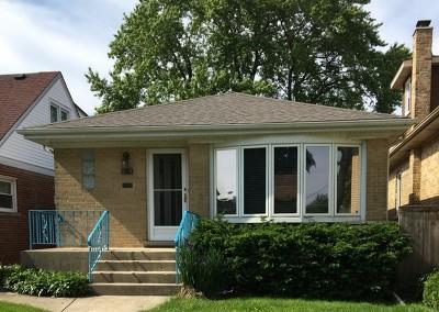 Morton Grove Single Family Home For Sale: 5818 South Park Avenue
