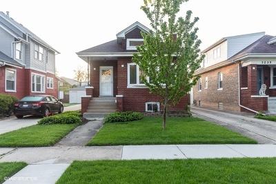 Brookfield Single Family Home For Sale: 3231 Sunnyside Avenue