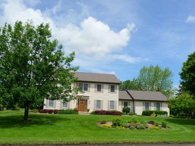 Bartlett Single Family Home For Sale: 852 Kingston Lane