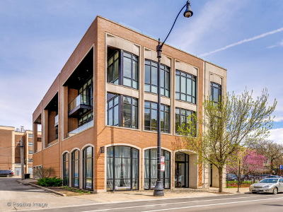 Condo/Townhouse For Sale: 2117 North Halsted Street #2