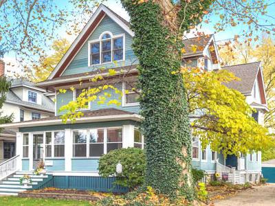 La Grange Single Family Home For Sale: 115 South Brainard Avenue